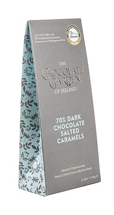 dark salted caramel pouch box 110g - side view