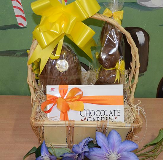 Medium easter basket the chocolate garden of ireland medium easter basket 1394734798 negle Images