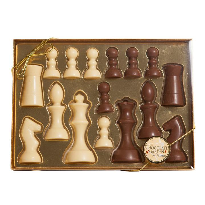 choc-chess-box